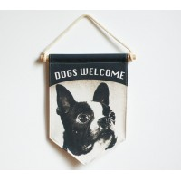 TRIANGLE FLAG - DOGS WELCOME